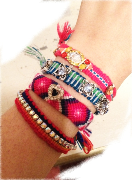 Final bracelet single wrist