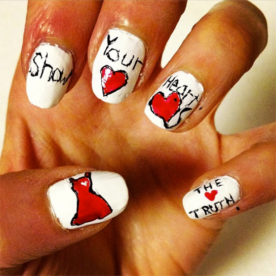 show your heart nail art